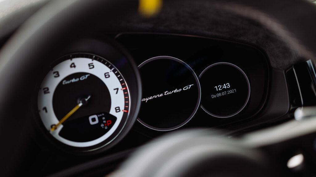 Porsche_Cayenne_Turbo_GT_8