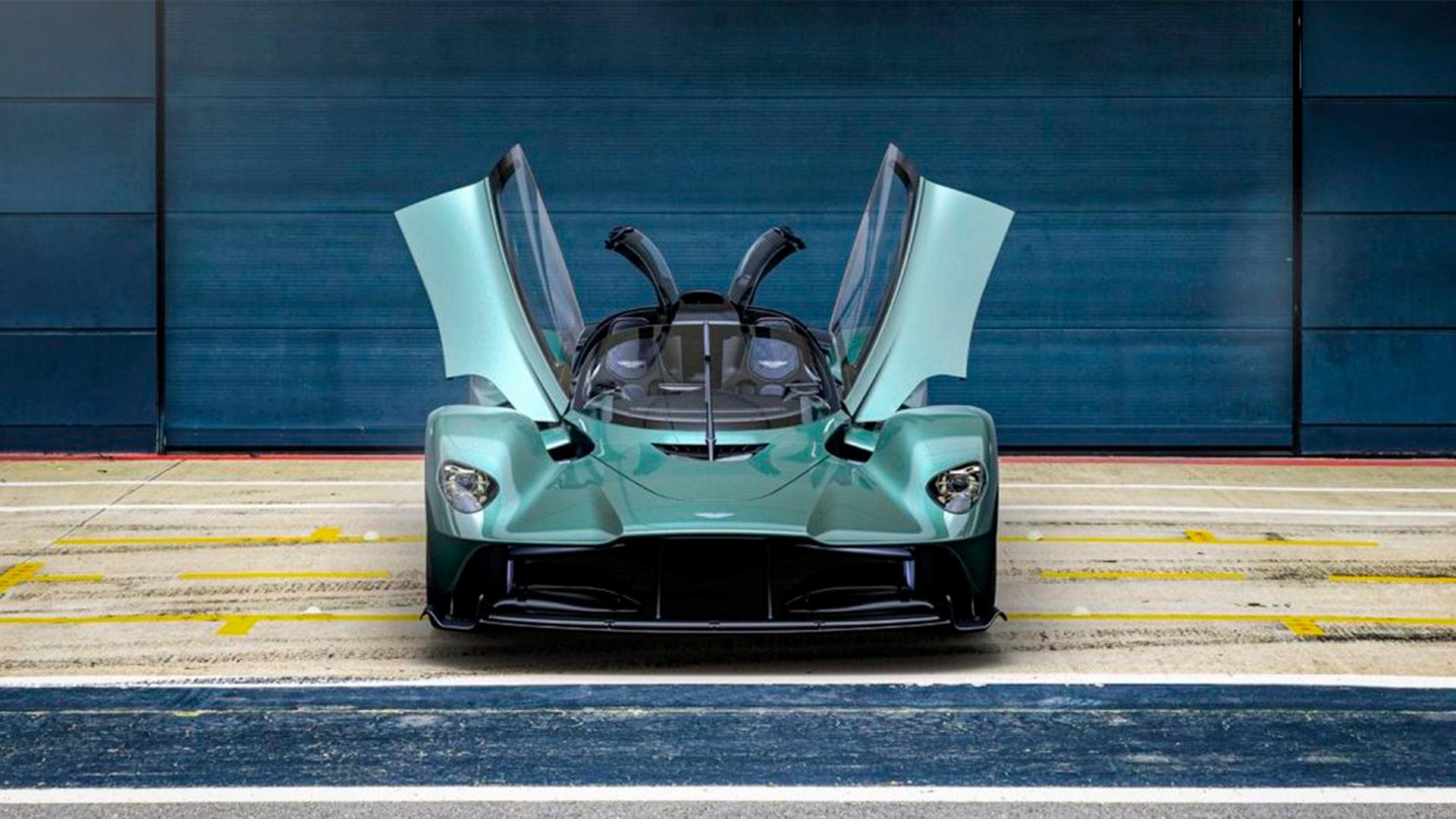 Aston Martin Valkyrie Spider: así es la nueva versión descapotable del superdeportivo híbrido británico