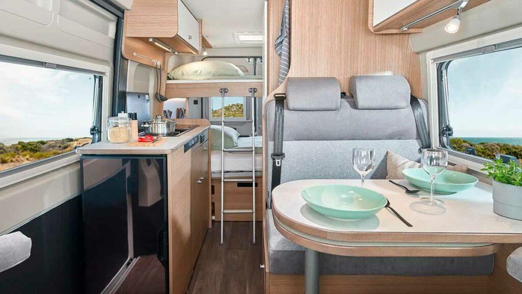 carado wohmobil kaufen campervan impressionen cockpit 1