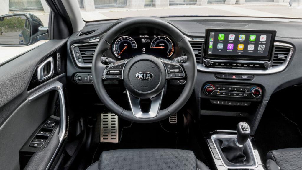 Kia XCeed 2021 interior