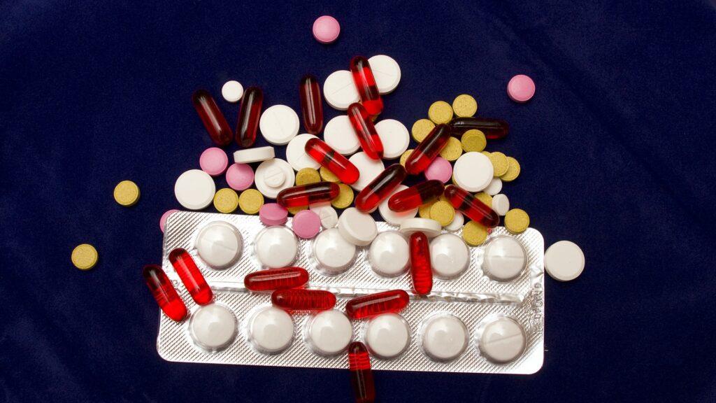 pills 2333023 1920 e1629966593211