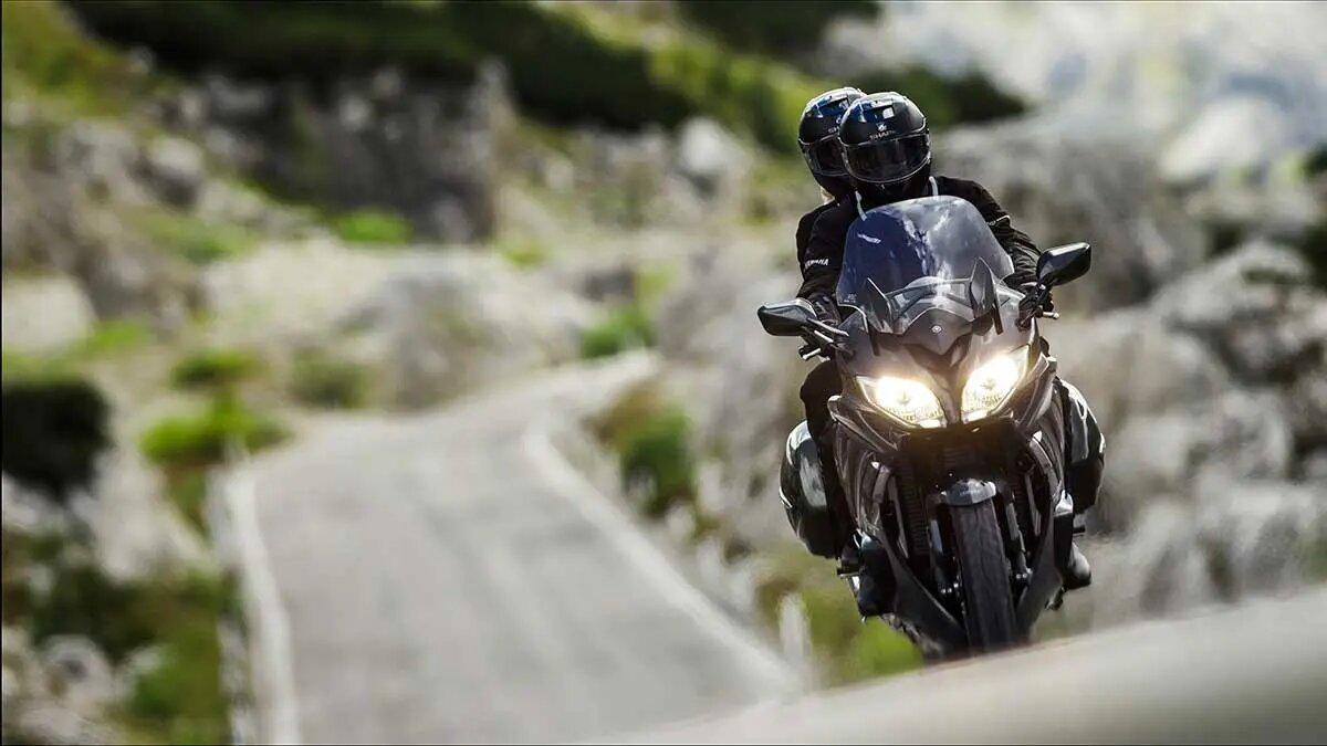 verano en moto