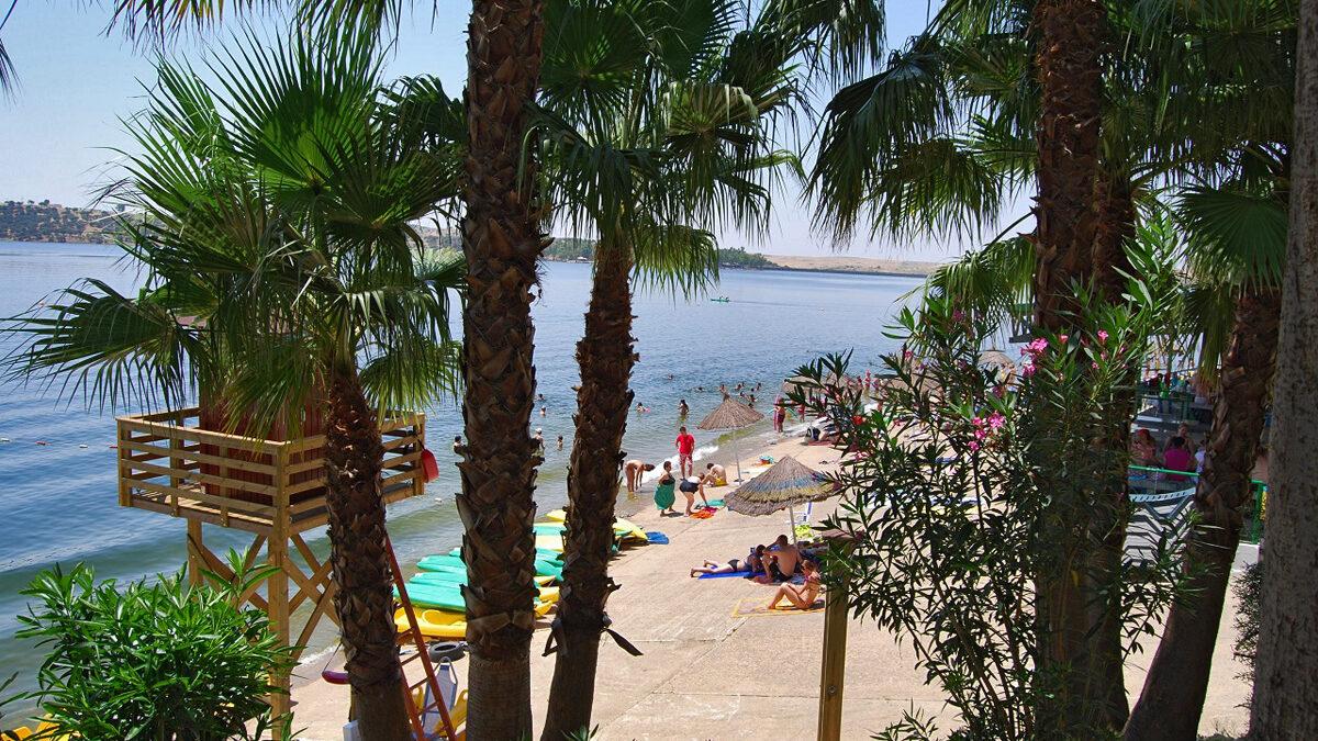 Autocaravanas, Playa en el interior de España, Embalse Orellana