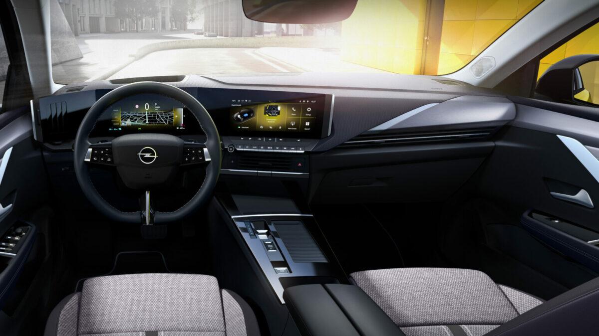 16 Opel Astra 516137 e1630568292312