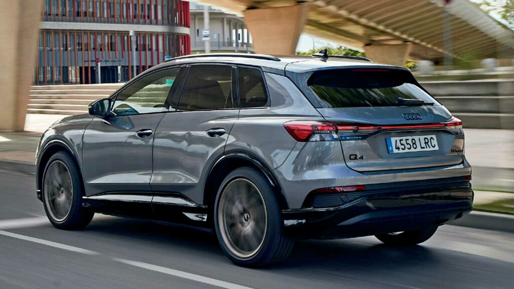 Audi Q4 lateral