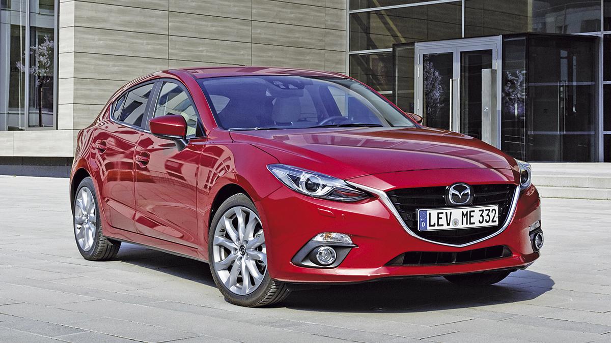 Necesitamos un compacto diésel de segunda mano para viajar por 10.000 euros… ¿Opel Astra o Mazda 3?
