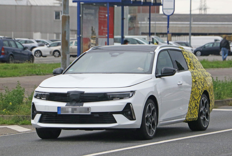 Fotos espía Opel Astra Sports Tourer