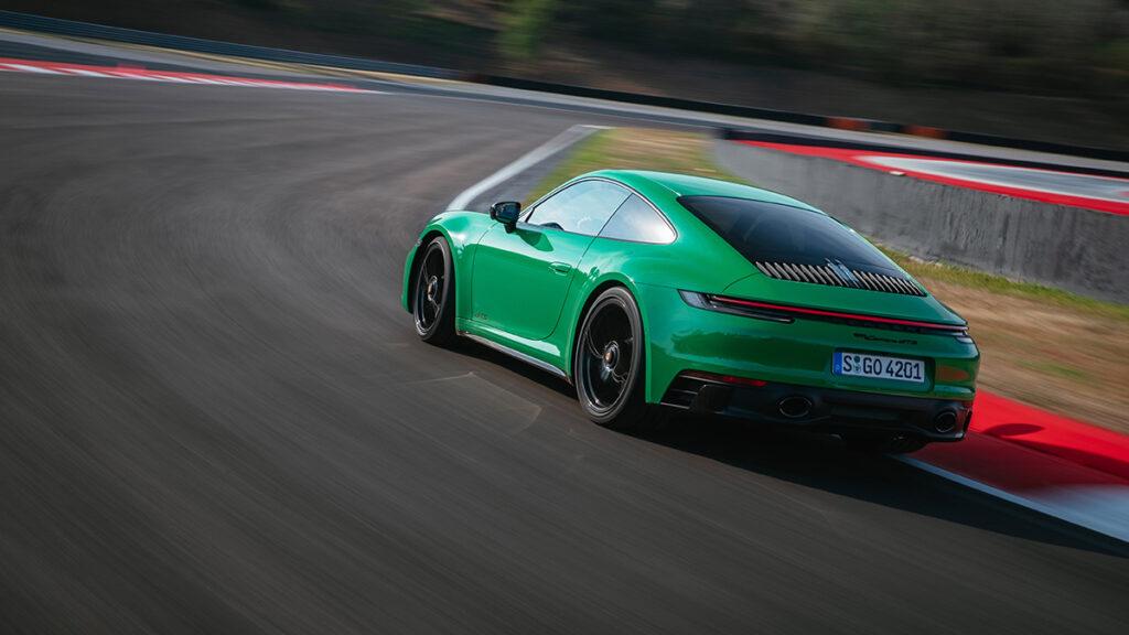 Porsche911GTS 42