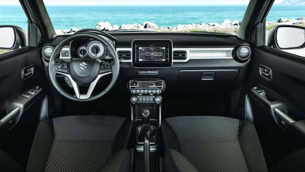 Suzuki Ignis 4x4 interior