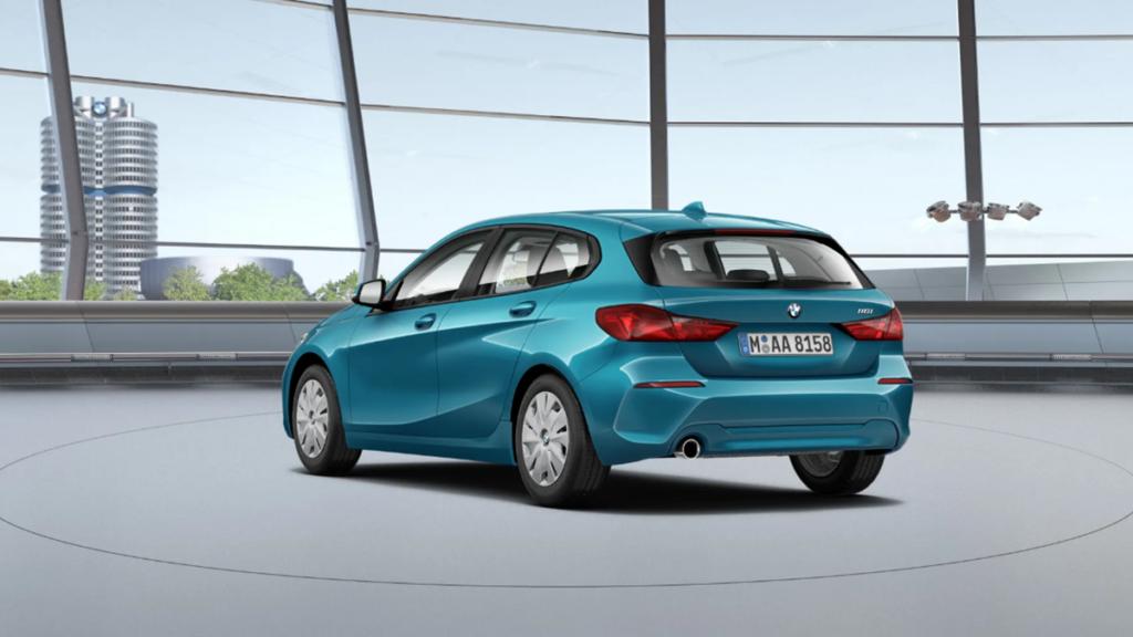 BMW Serie 1 2022 trasera