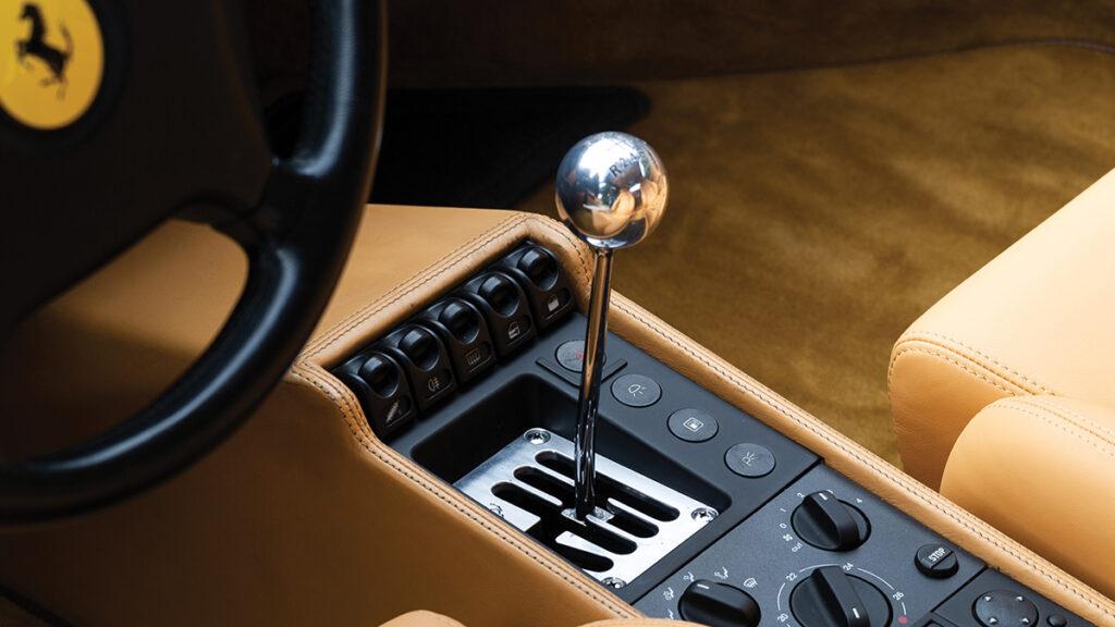ferrari f355 berlinetta cambio manual