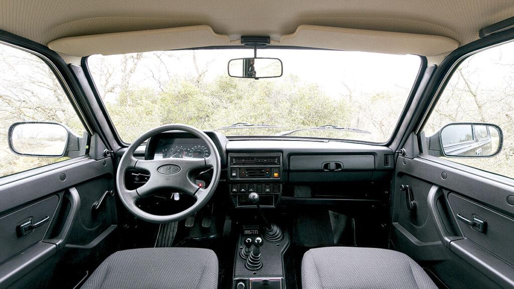 Lada Niva interior