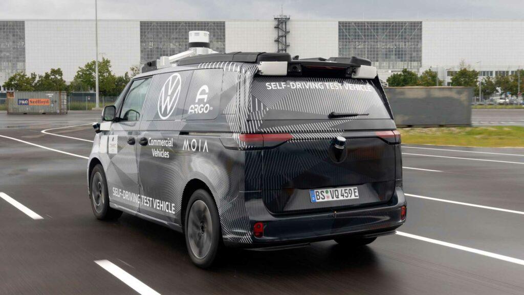 volkswagen-id-buzz-ad