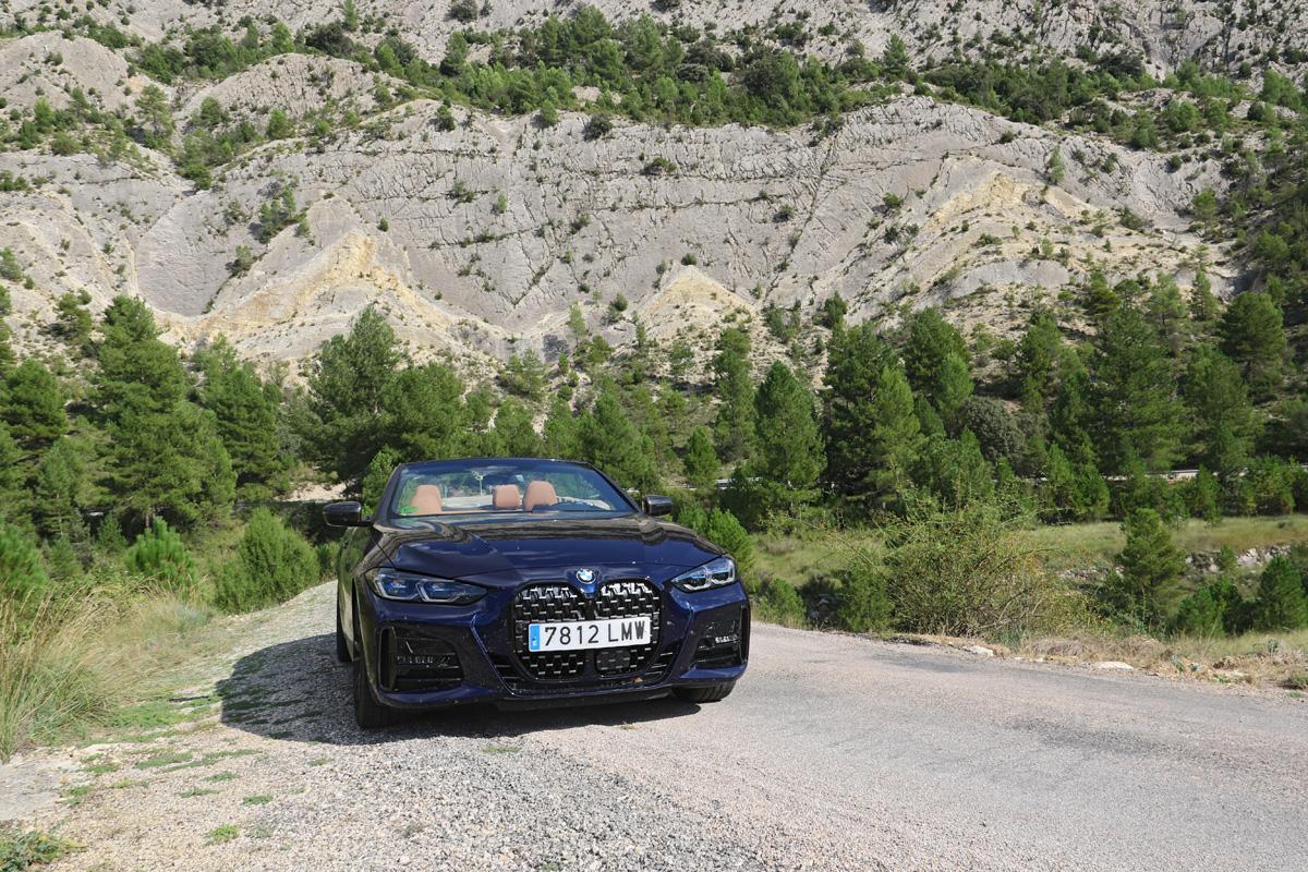 España en cabrio (III): Teruel, la otra ruta del silencio, carretera A-1702.