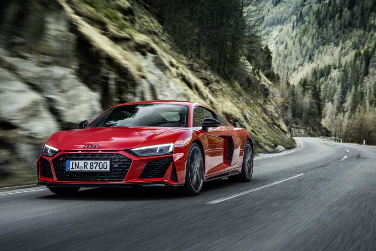 Audi R8 V10 Performance RWD: ahora con 570 CV, más tecnología y una nueva puesta a punto del apartado mecánico