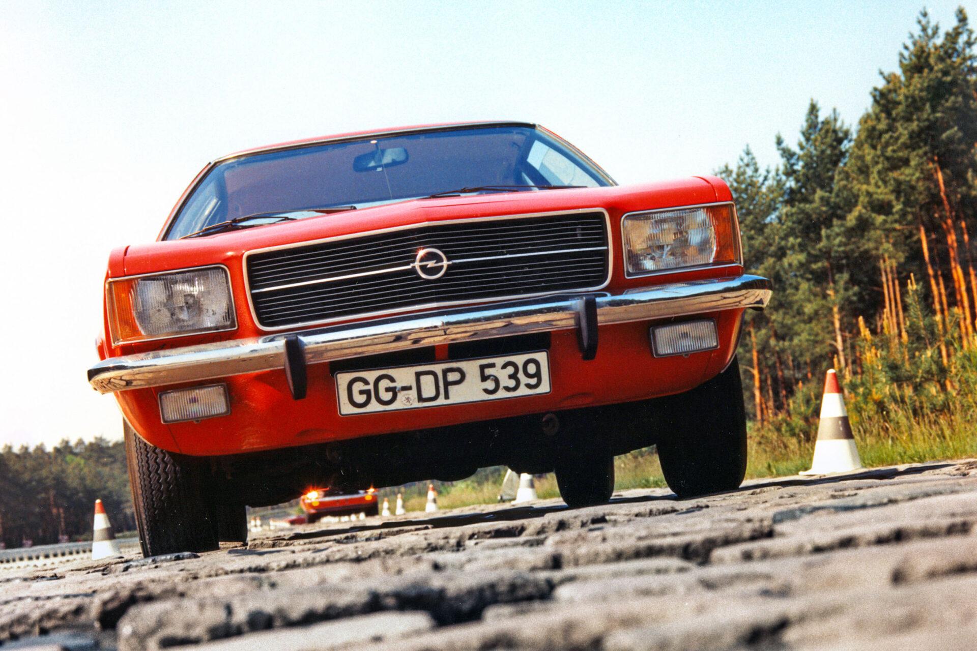 Opel Rekord D (1972 – 1977)