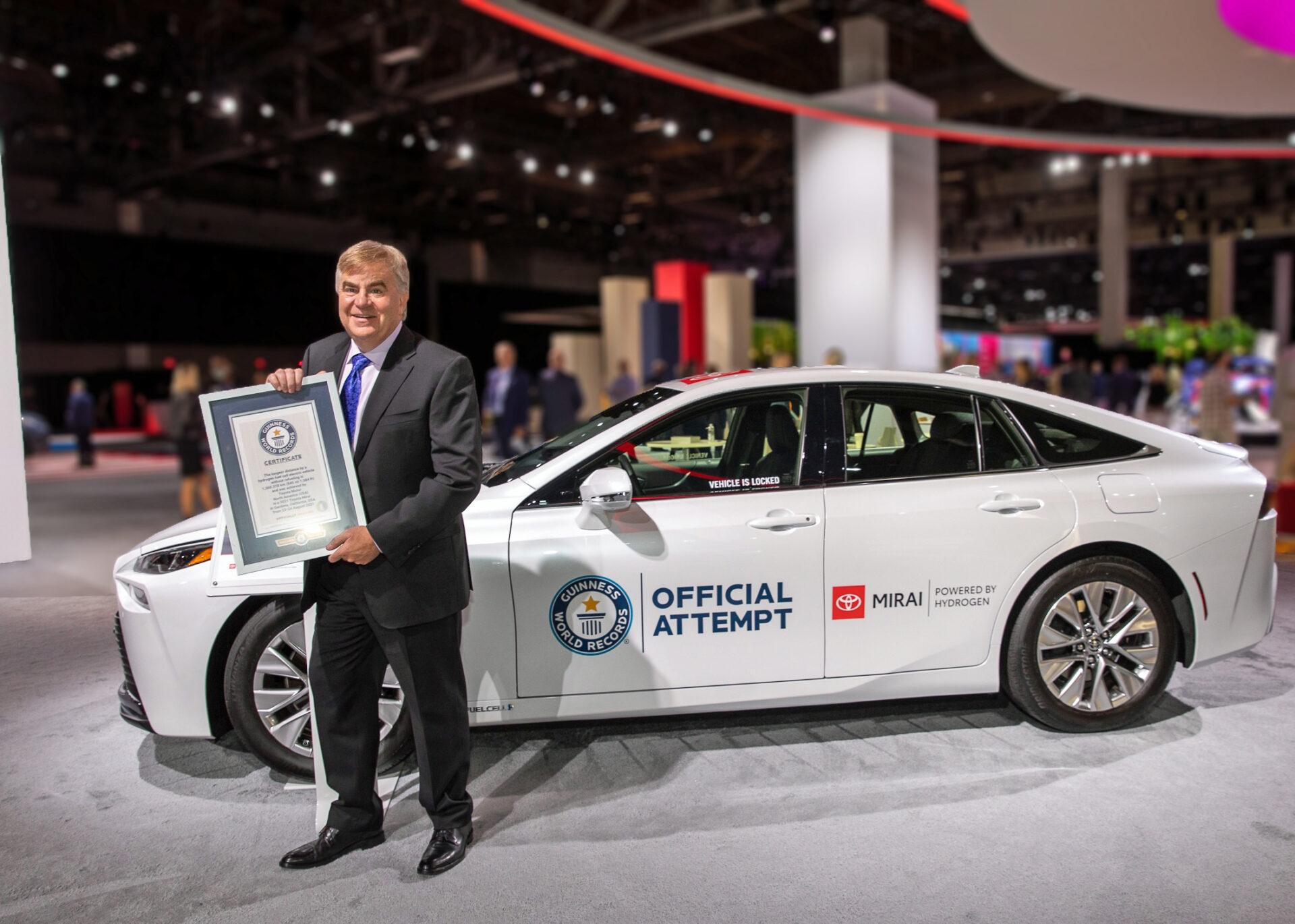 El Toyota Mirai establece un nuevo récord tras recorrer 1.360 kilómetros con un depósito de hidrógeno
